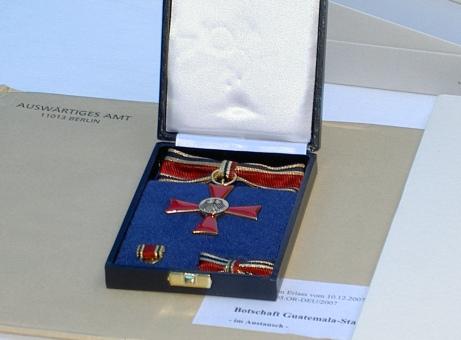 Bundesverdienstkreuz 2